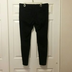 Mossimo Supply Co. Jeans - Mossimo Black Mid-Rise Jegging Size 16
